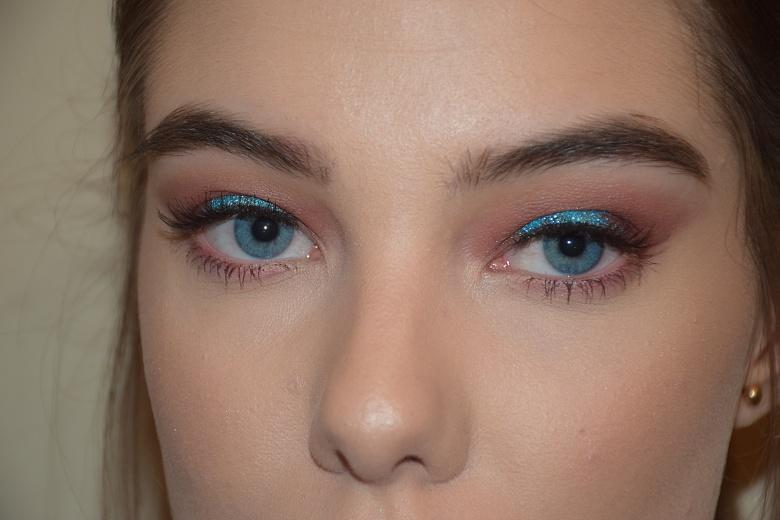 blue-sparkle-4